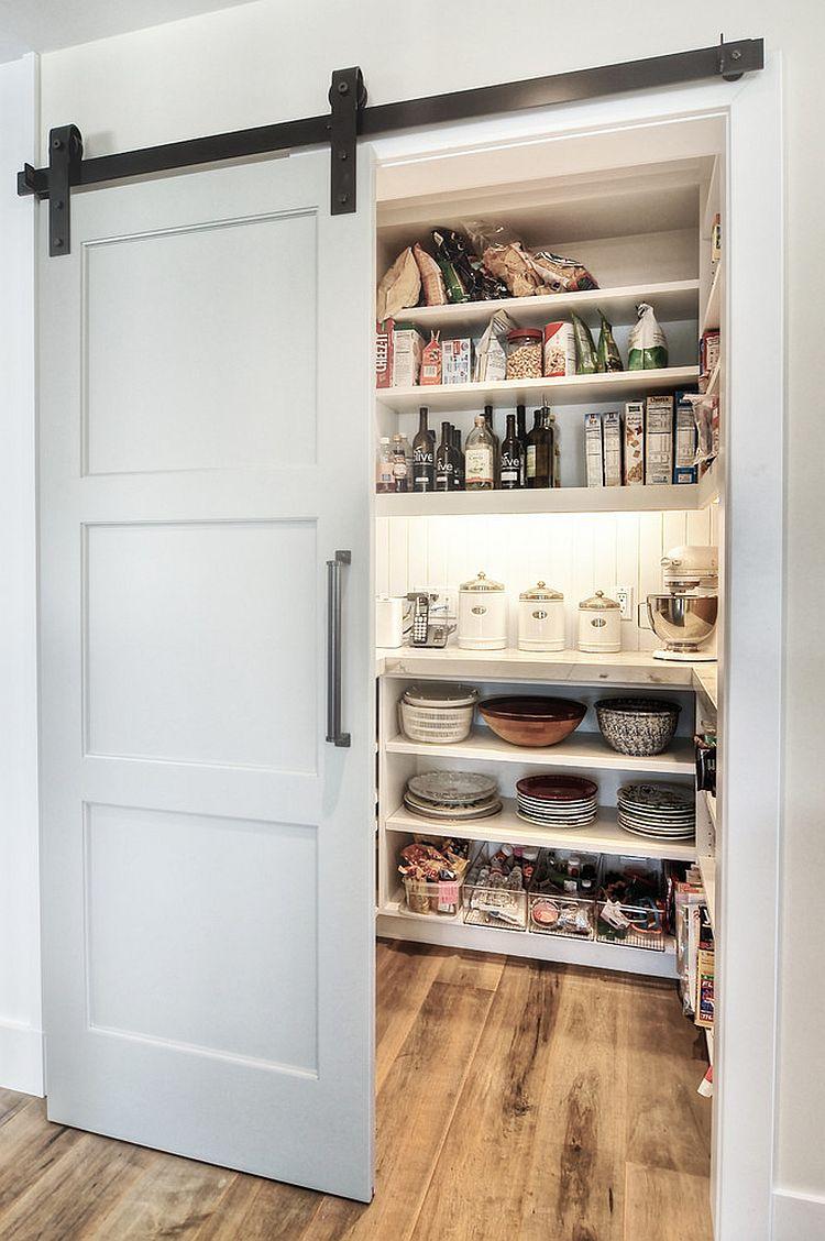 Деревянные раздвижные двери для кладовки на кухне - Фото 5