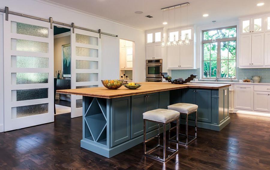 Деревянные раздвижные двери для кладовки на кухне - Фото 9