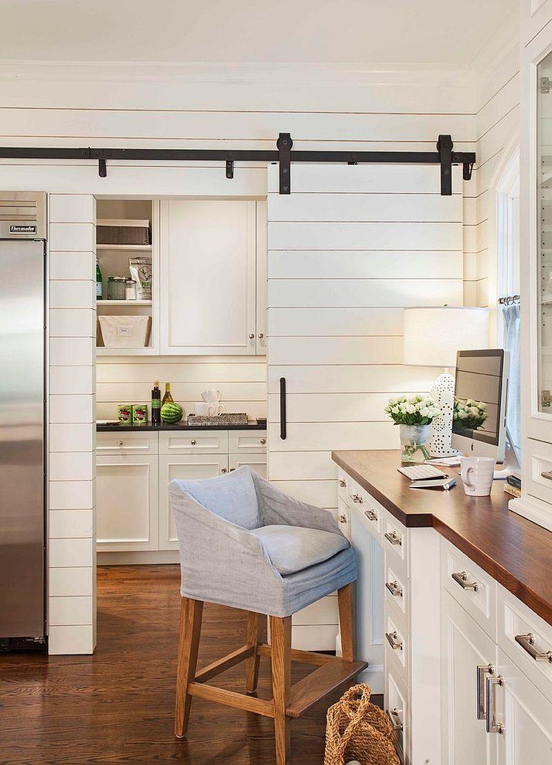 Деревянные раздвижные двери для кладовки на кухне - Фото 11