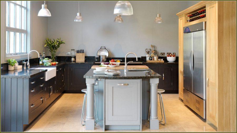 Двухцветные кухонные гарнитуры - Фото 22