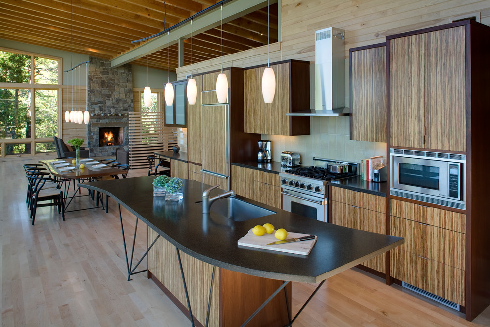 Бамбуковый кухонный гарнитур Plyboo в стильном интерьере кухни