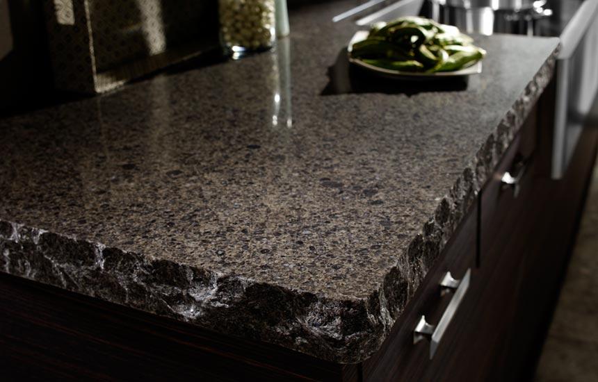 Элегантный дизайн кухонной столешницы для острова - кварц в дизайне