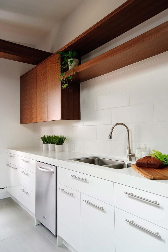 фурнитура для кухонных фасадов в стиле модерн