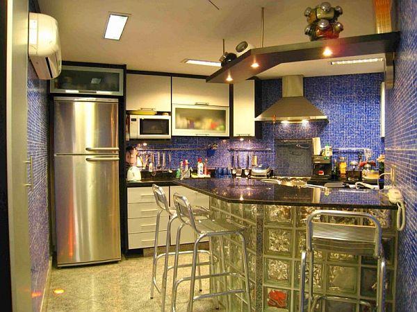Креативный светодизайн интерьера современной кухни
