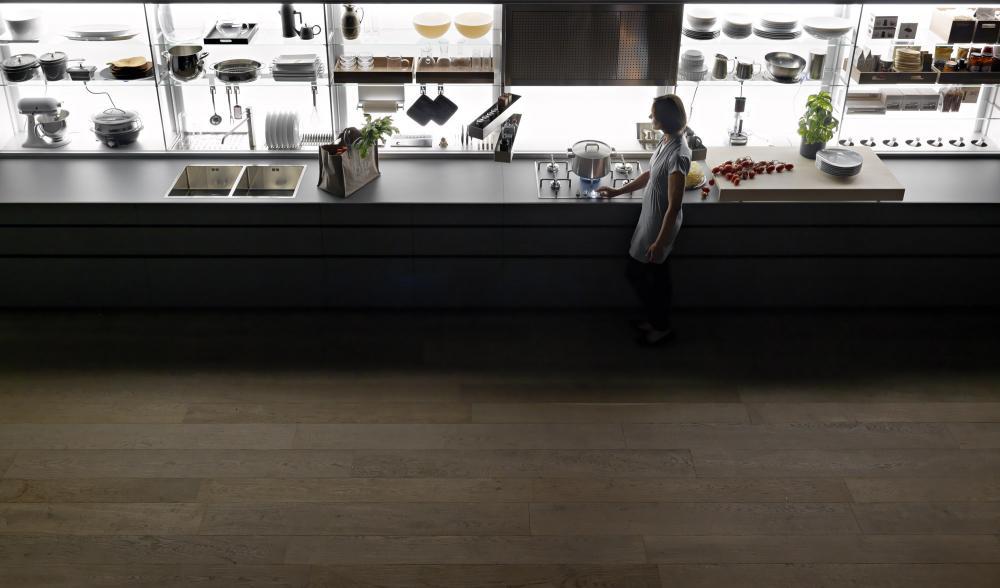 Функциональная мебель для кухни в сером цвете - Фото 8