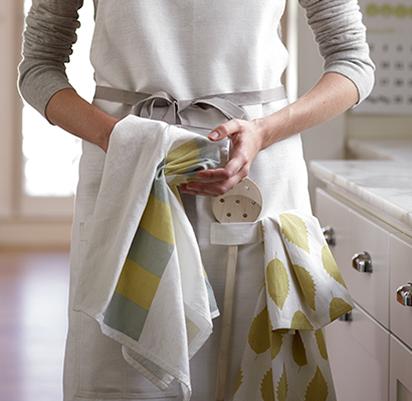 Нарядные полотенца для кухни от Studio Patro