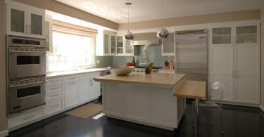 Оригинальный дизайн столешницы в интерьере кухни от MJ Lanphier