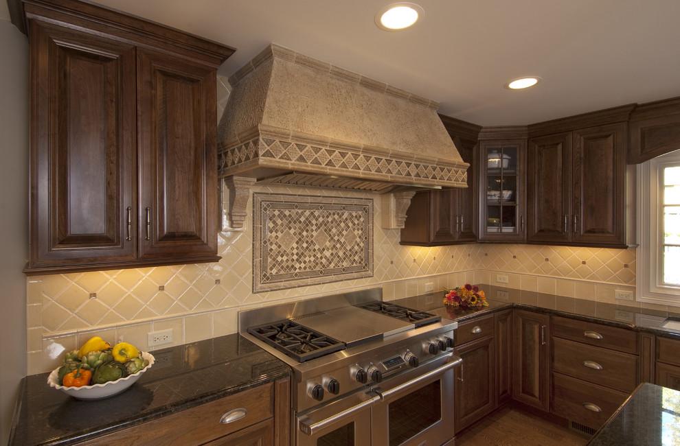Роскошный дизайн интерьера кухни из натурального дерева