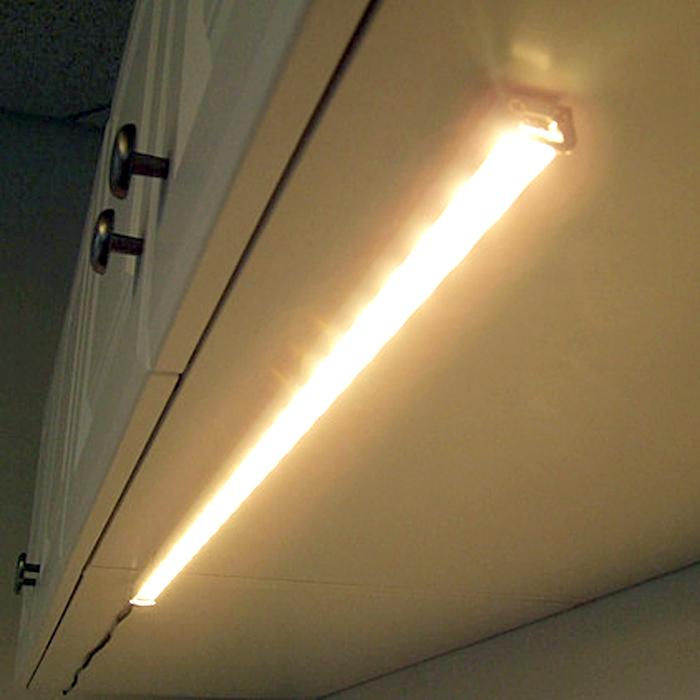 Подсветка на дне кухонных ящиков