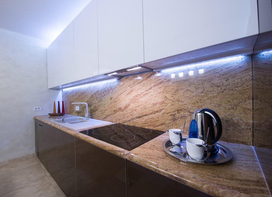 Светодиодная подсветка кухонных шкафчиков