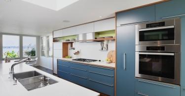 Дизайн глубокой раковины в интерьере кухни от SHED Architecture & Design