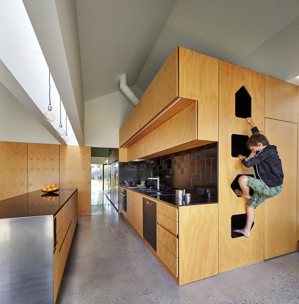 Идеи дизайна кухни - деревянный кухонный гарнитур