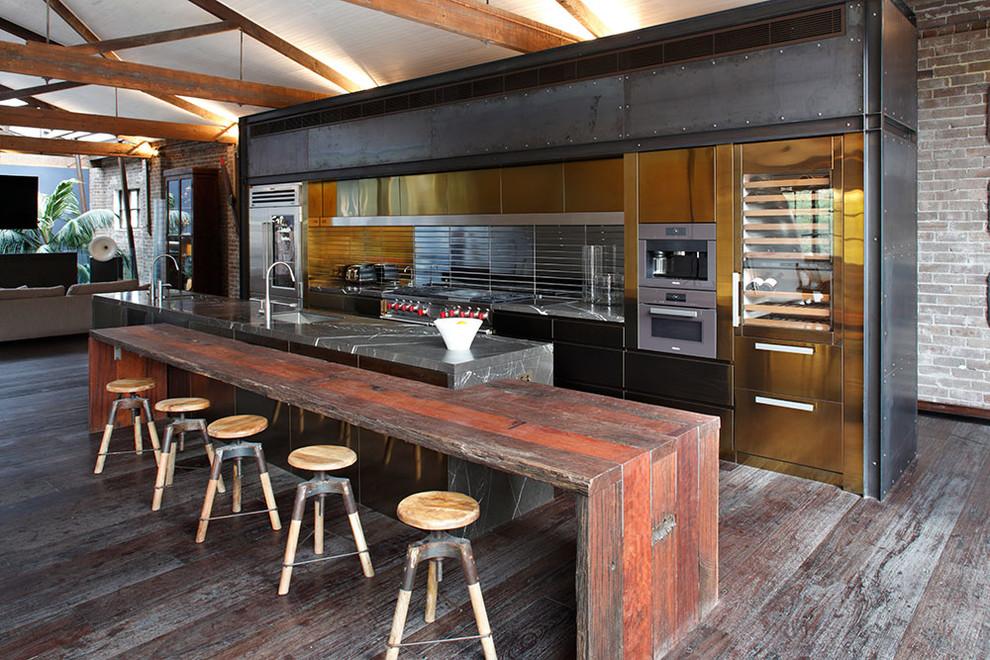 Идеи дизайна кухни - винтажный кухонный остров