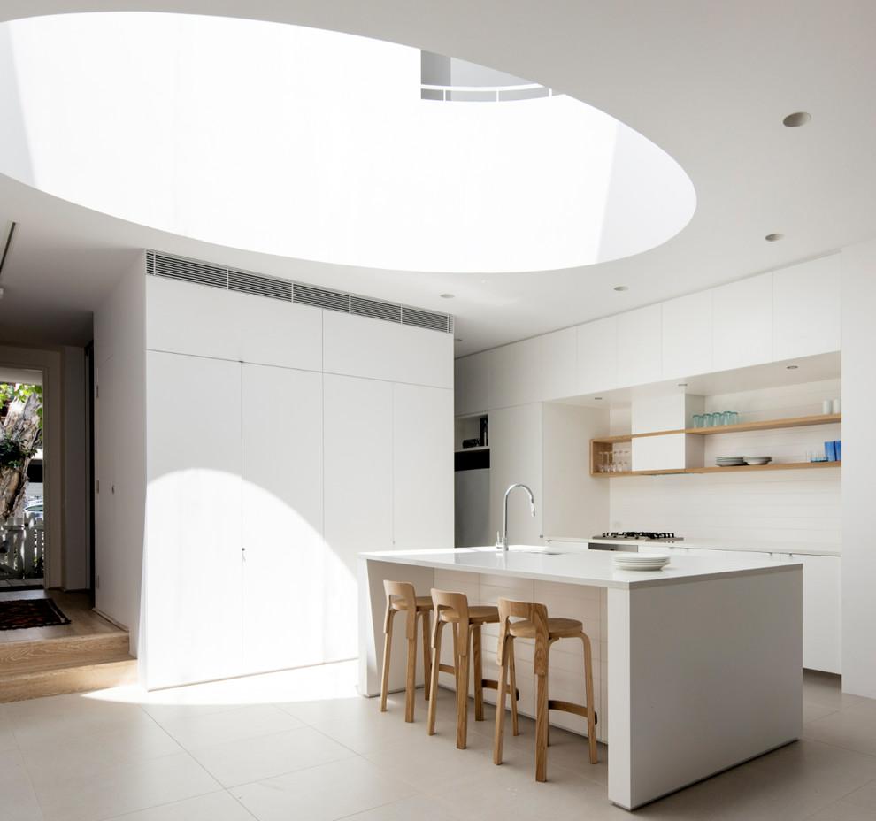 Идеи дизайна кухни - круглое потолочное окно