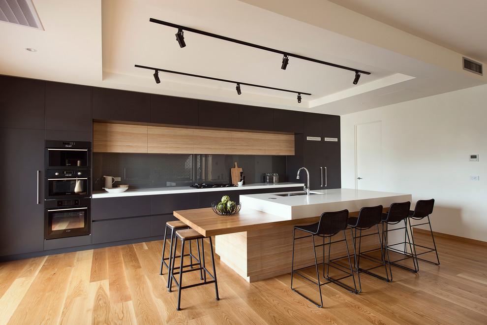 Идеи дизайна кухни - кухонный остров с оригинальной столешницей