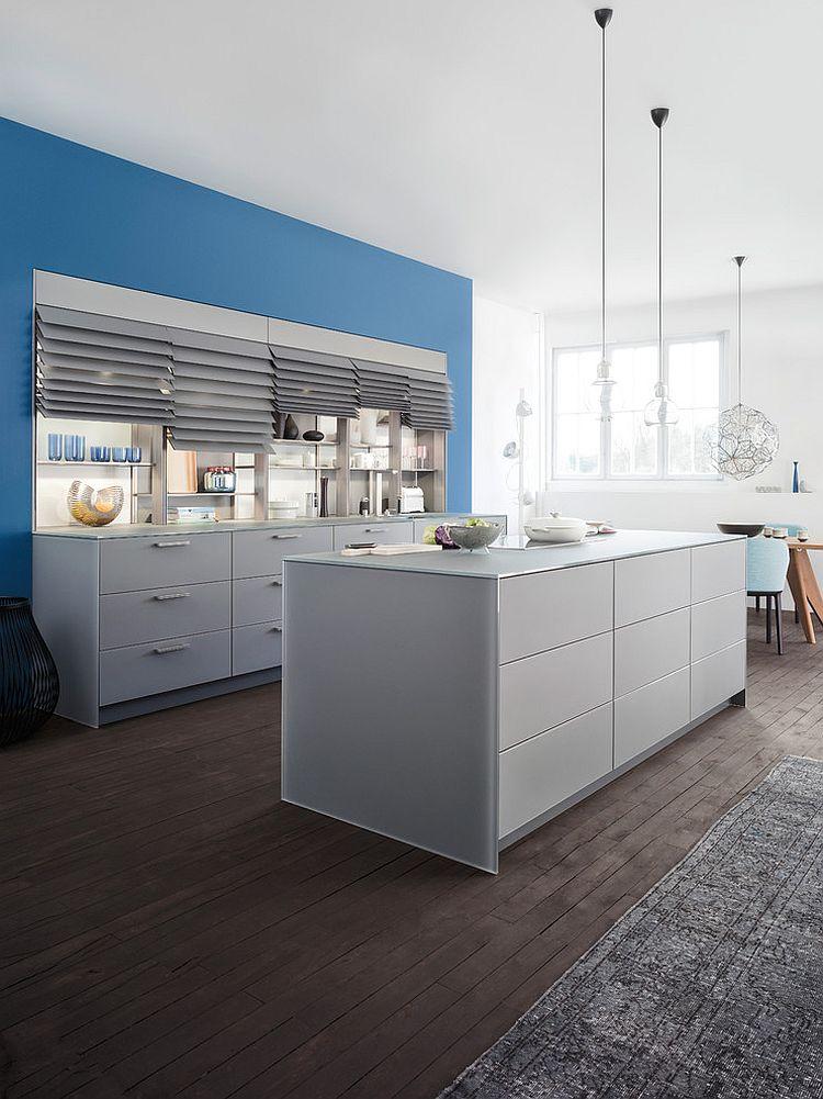 Встроенная система хранения на кухне