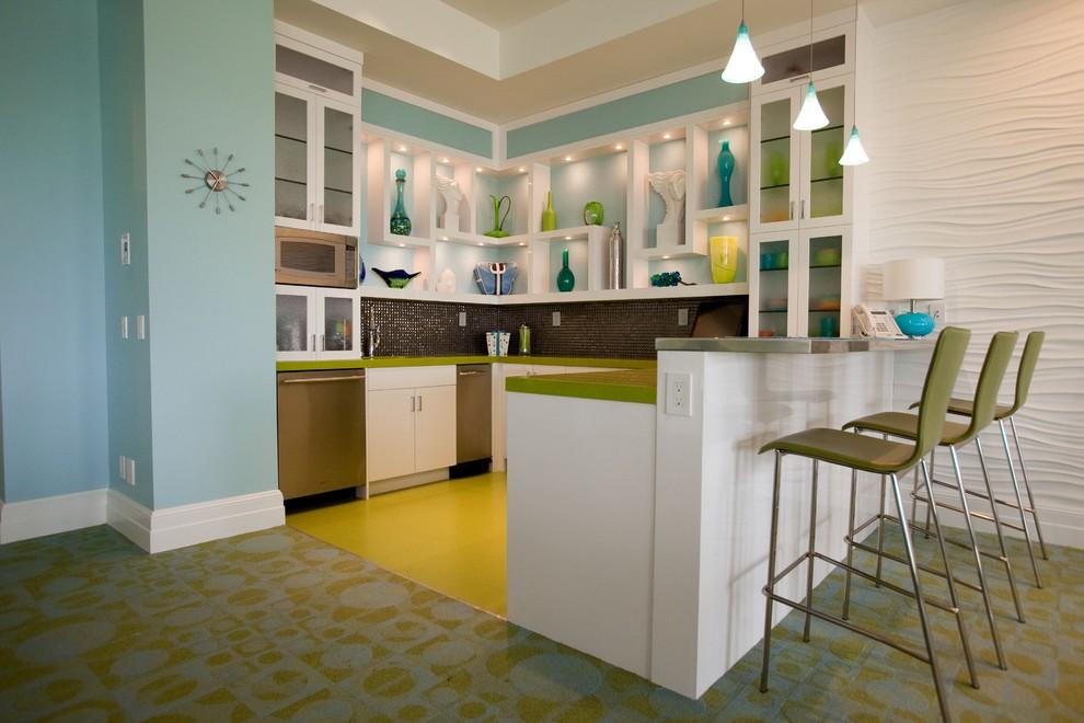 Extraordinary Bright Kitchen
