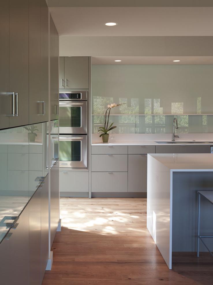 Интерьер кухни в минималистичном стиле
