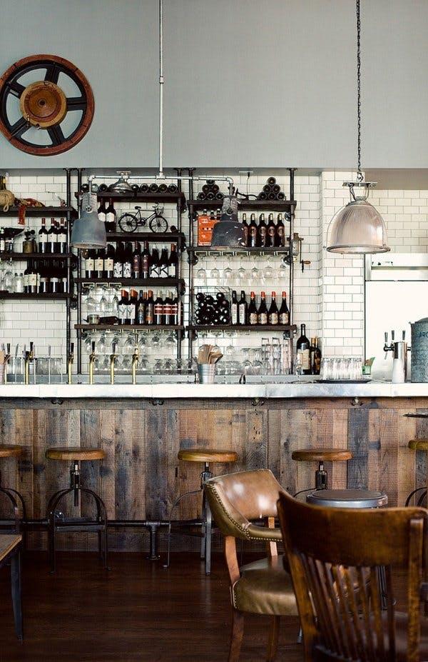 Индустриальный стиль в интерьере кафе в Лос-Анджелесе