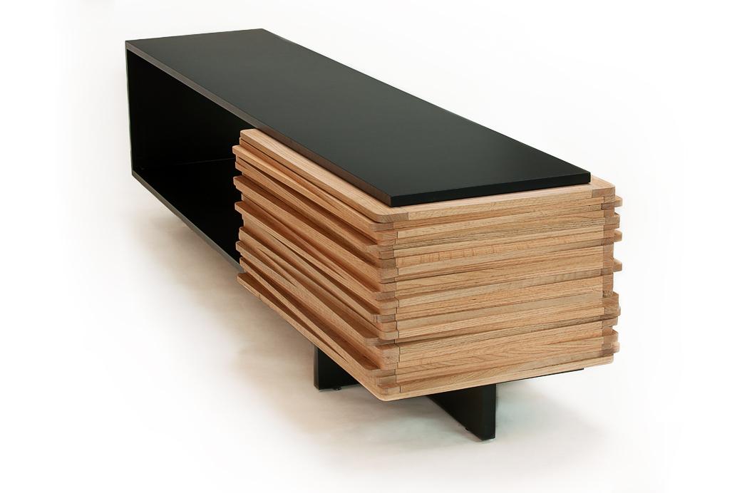 Эксклюзивный стол-буфет Stack в примитивистском стиле от Hector Esrawe