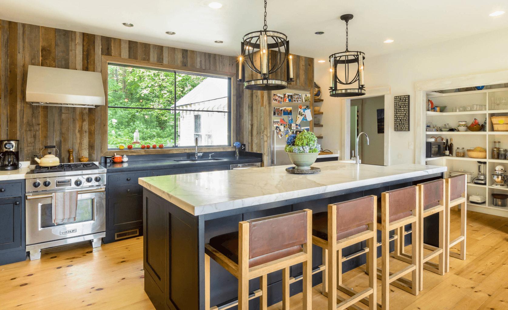 Идея дизайна фартука на кухню в деревенском стиле - фото 3
