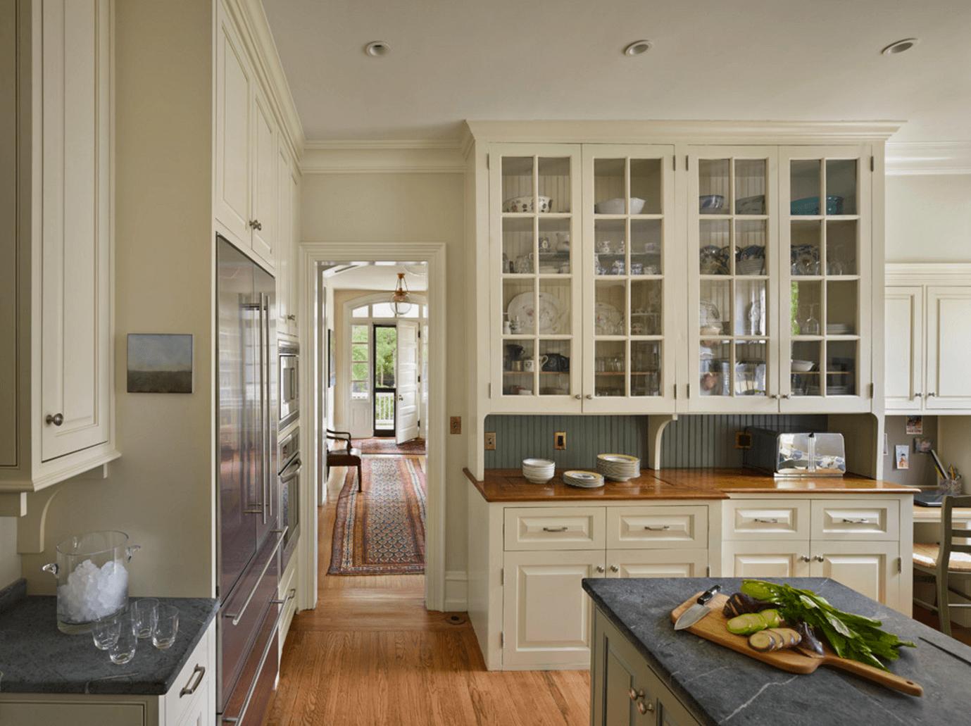 Идея дизайна фартука на кухню. Использование пластиковых панелей - фото 4