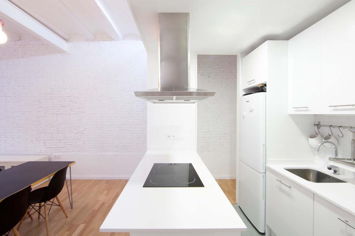 Роскошный интерьер белой кухни - Фото 3