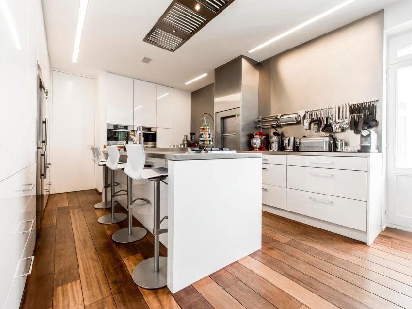Роскошный интерьер белой кухни - Фото 10