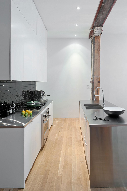 Роскошный интерьер белой кухни - Фото 14