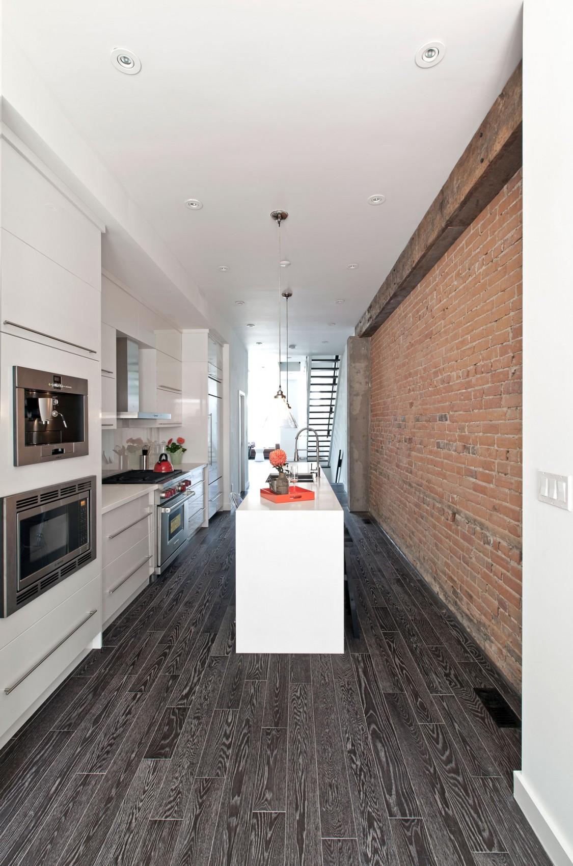 Роскошный интерьер белой кухни - Фото 32