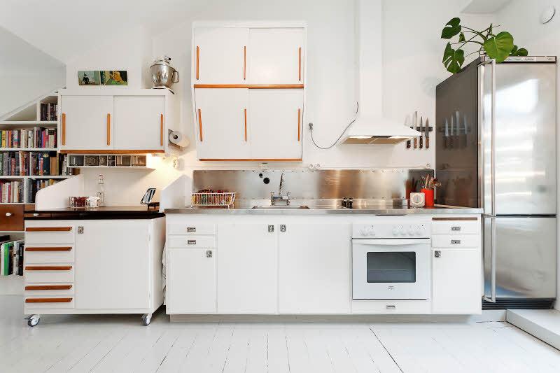 Роскошный интерьер белой кухни - Фото 37