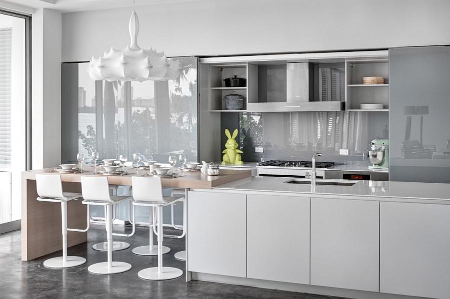 Роскошный интерьер белой кухни - Фото 46