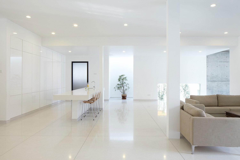 Роскошный интерьер белой кухни - Фото 50