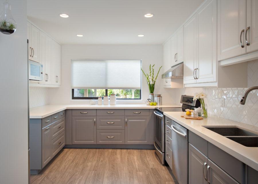 Дизайн двухцветной кухни - серый оттенок кухни