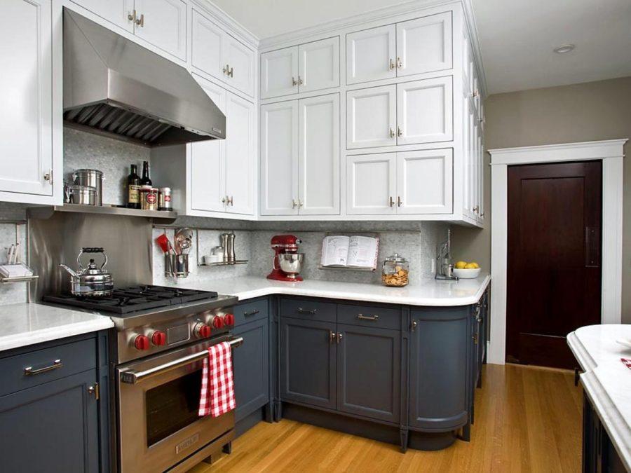 Дизайн двухцветной кухни - белый и серый оттенок