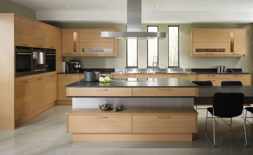 Интерьер кухни в бежевом цвете - фото 5