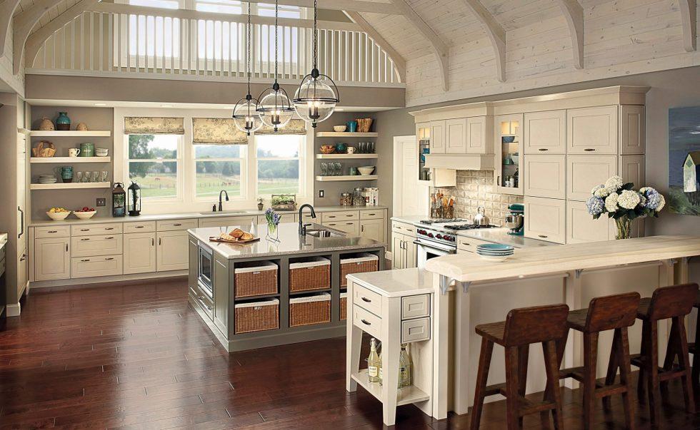 Интерьер кухни в бежевом цвете - фото 8
