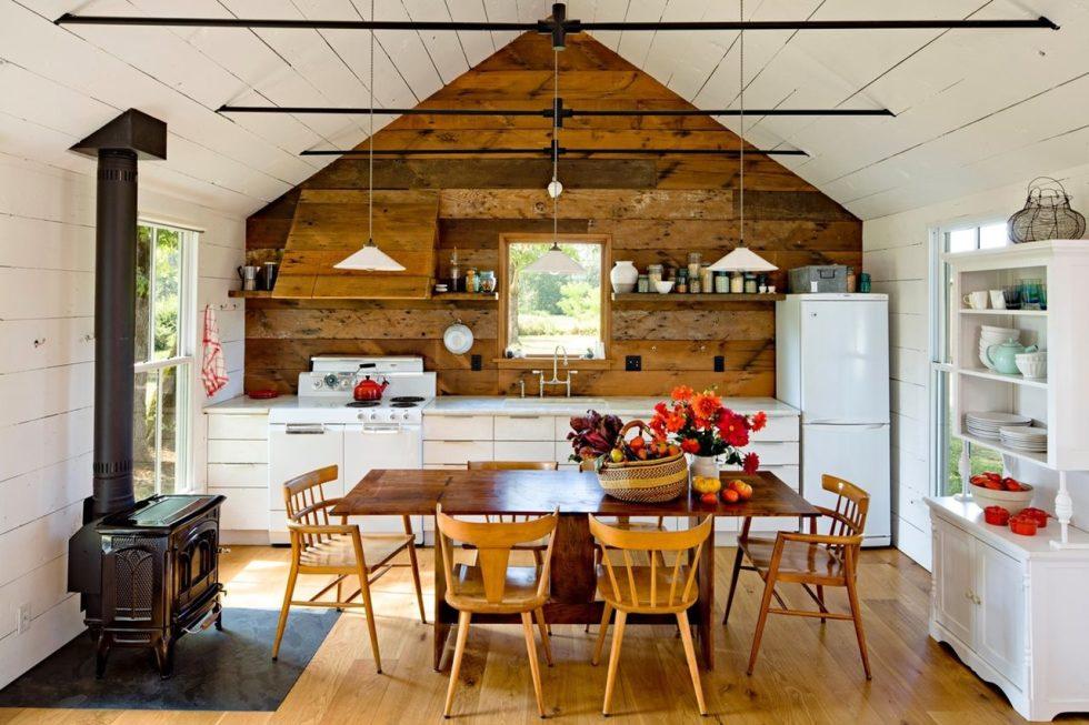 Интерьер кухни в бежевом цвете - фото 7