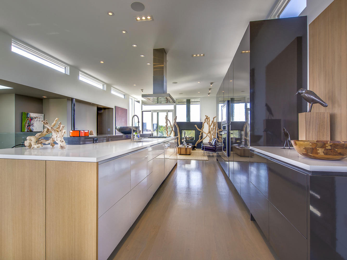 Роскошный интерьер кухни в загородном доме - Фото 14