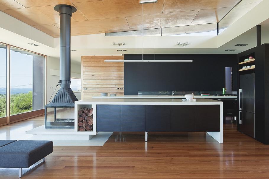 Роскошный интерьер кухни в загородном доме - Фото 35