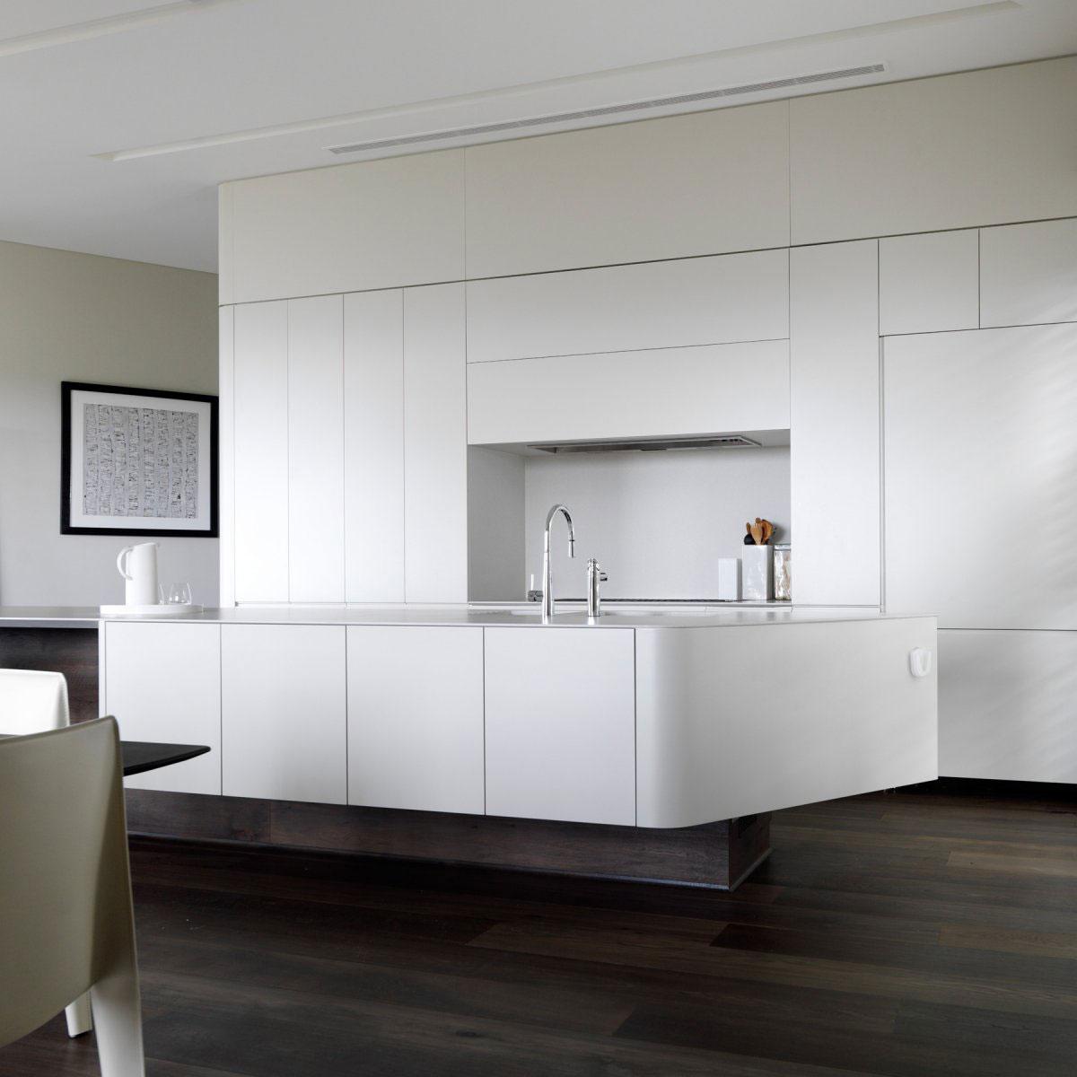 Роскошный интерьер кухни в загородном доме - Фото 40