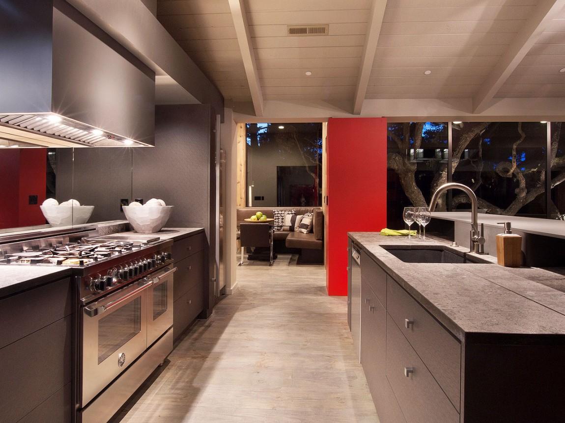 Роскошный интерьер кухни в загородном доме - Фото 42