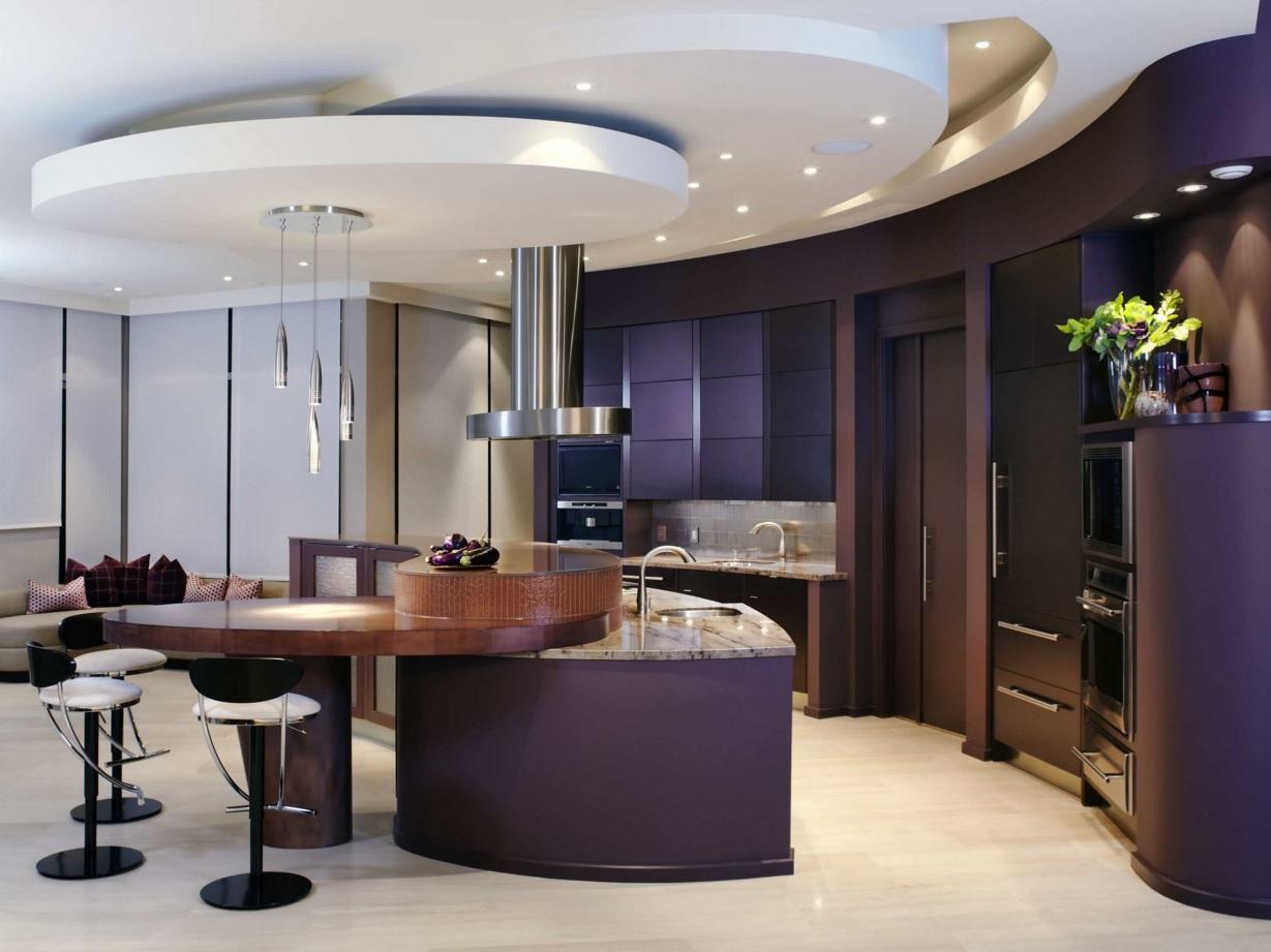 Интерьер кухни с круглым обеденным столом - фото 3