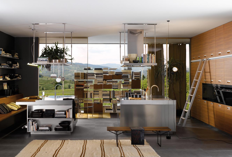 Интерьер кухни Arclinea в коричнево-сером цвете