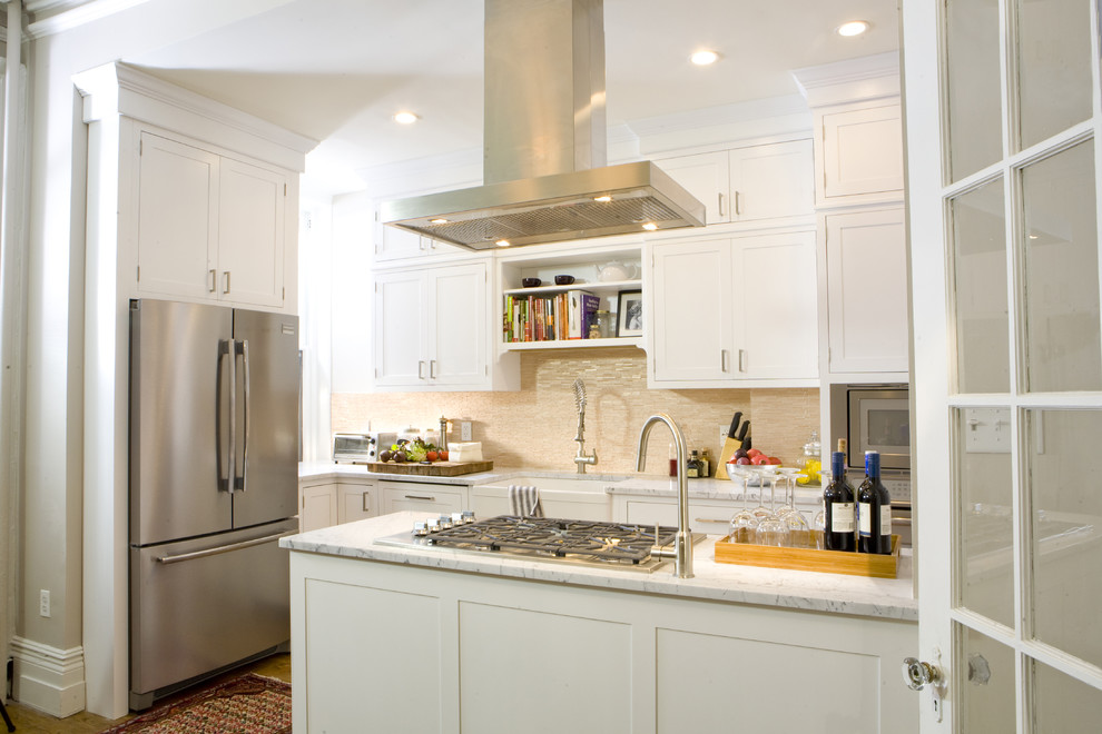 Дизайн кухонного острова - светлая гамма