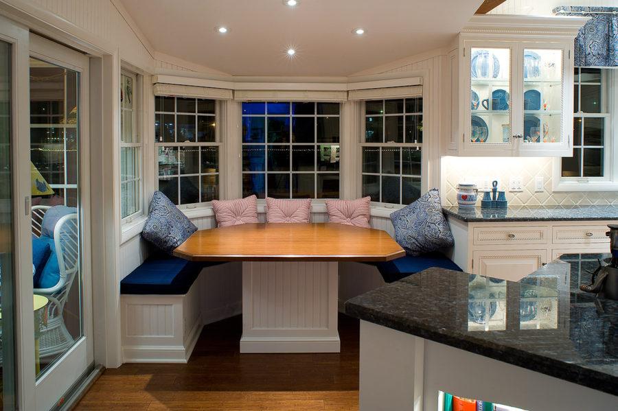 Как обустроить обеденную зону на кухне - Фото 1