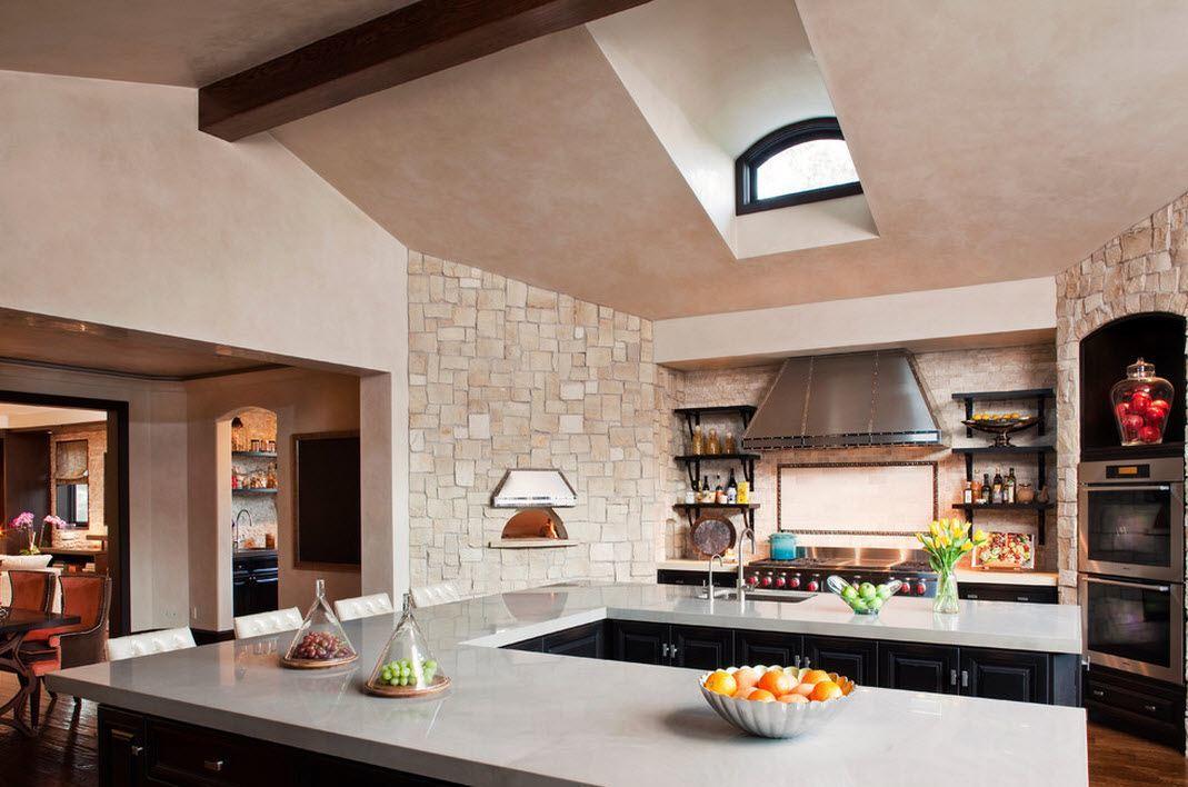 Камень в интерьере кухни с массивной столешницей- фото 3