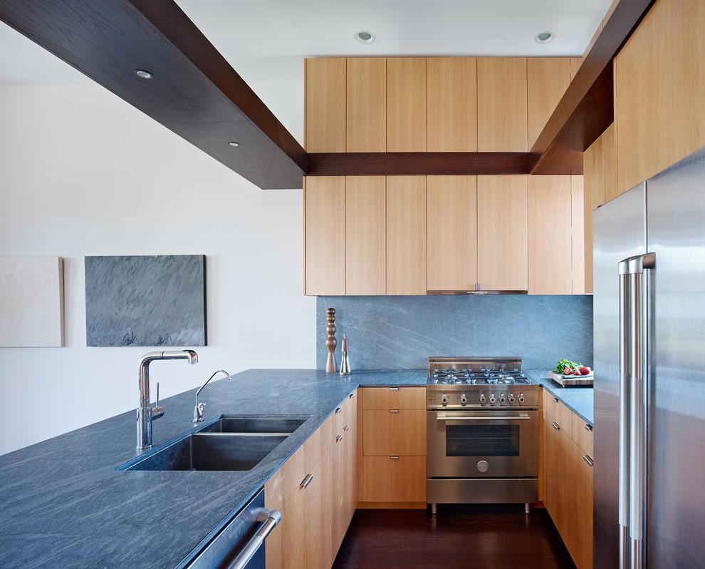 Кухонный фартук и столешница от Pietra del Cardoso