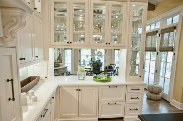 Стеклянные фасады кухонных шкафчиков