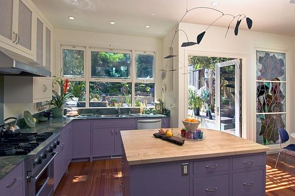 Кухня в фиолетовых и пурпурных оттенках